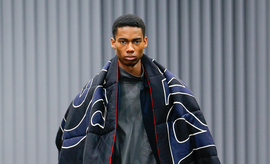 Balenciaga Fall 2017 Paris Men's Fashion Week