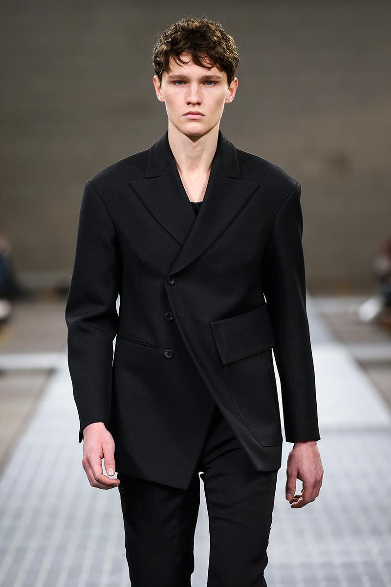 Dirk Bikkembergs Fall 2017 Milan Men's Fashion Week