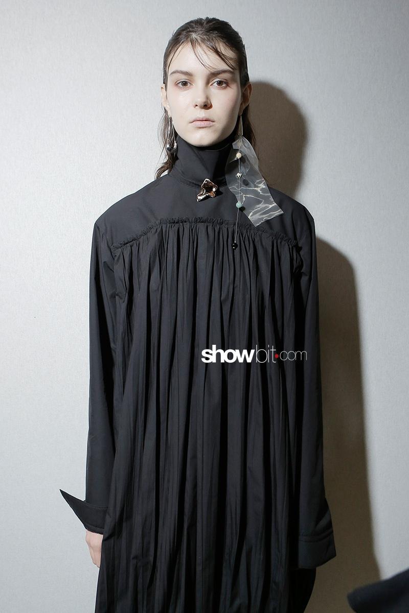 Lemaire F17 Paris Fashion Week