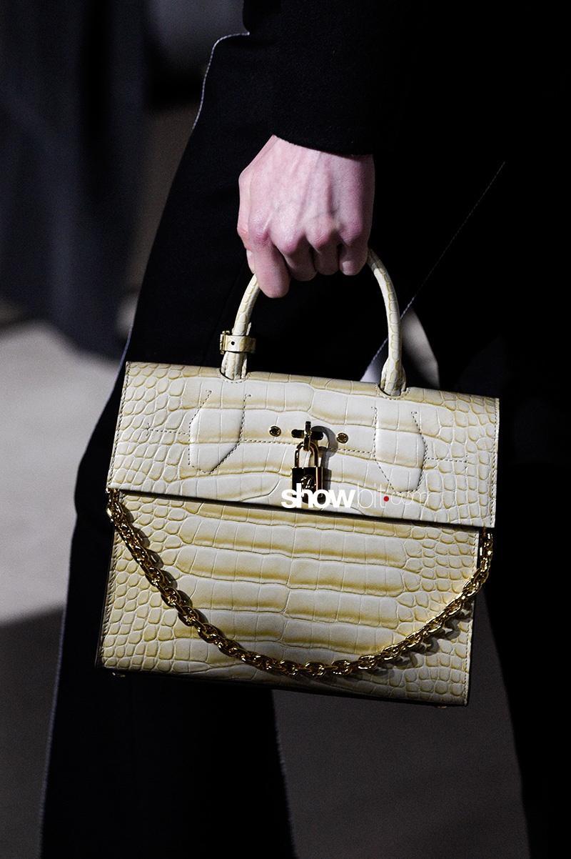 Louis Vuitton FW17 Bag Paris Fashion Week