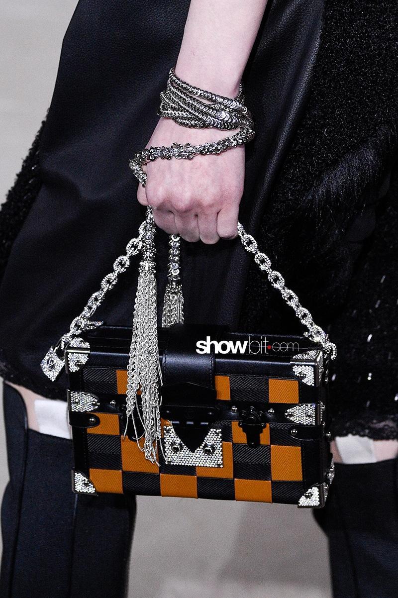 Louis Vuitton FW17 Paris Fashion Week Louis Vuitton FW17 Shoes Paris Fashion Bag
