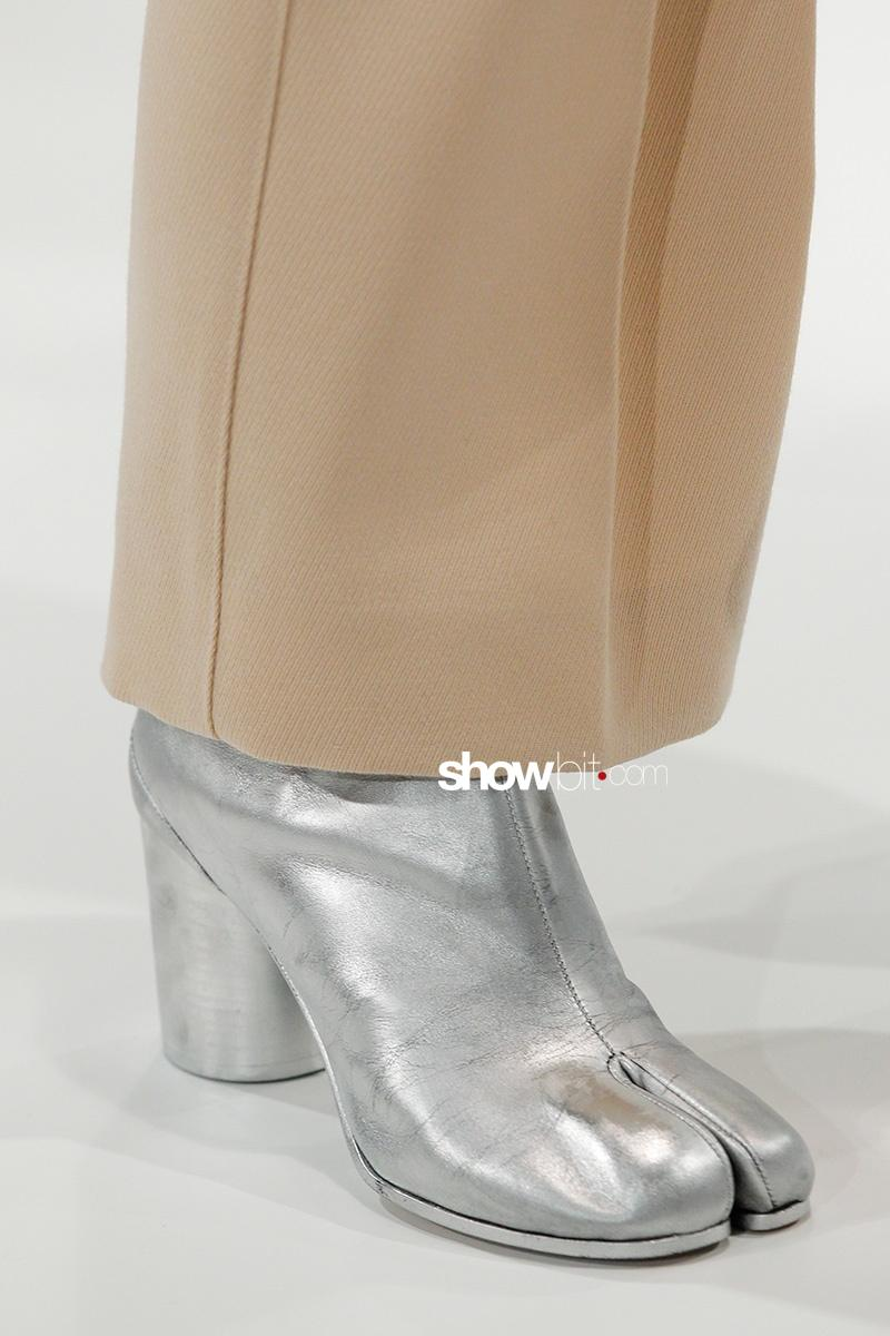 Maison Margiela FW17 Tabi Boots Paris Fashion Week