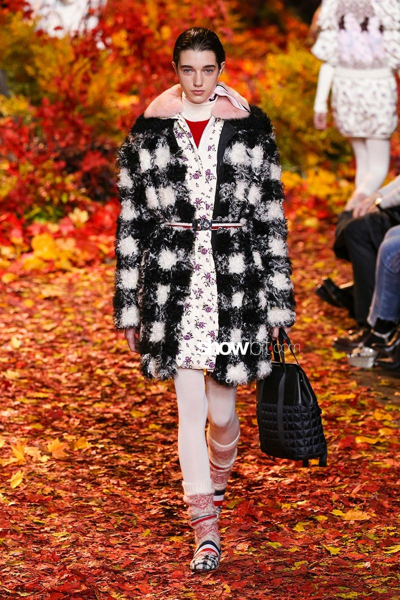 Moncler Gamme Rouge F17 PFW