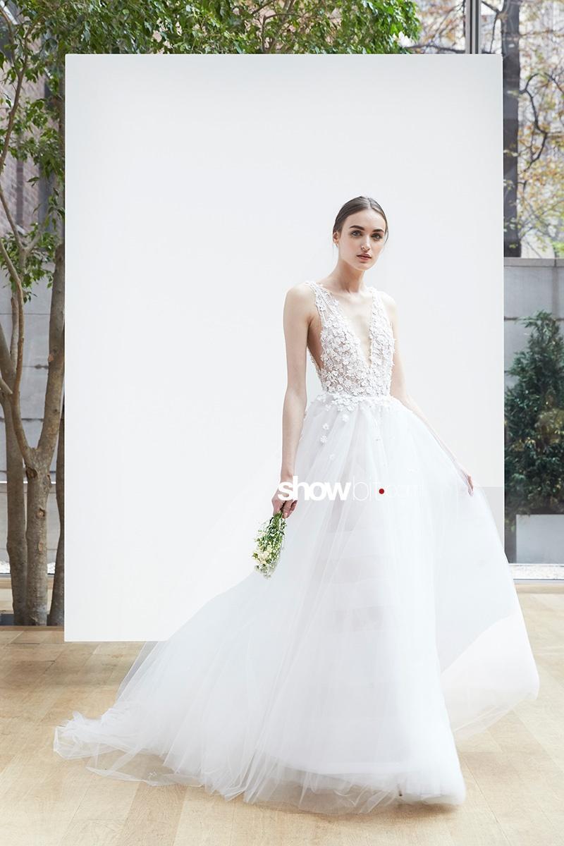 Oscar de la Renta Bridal Spring 2018 New York