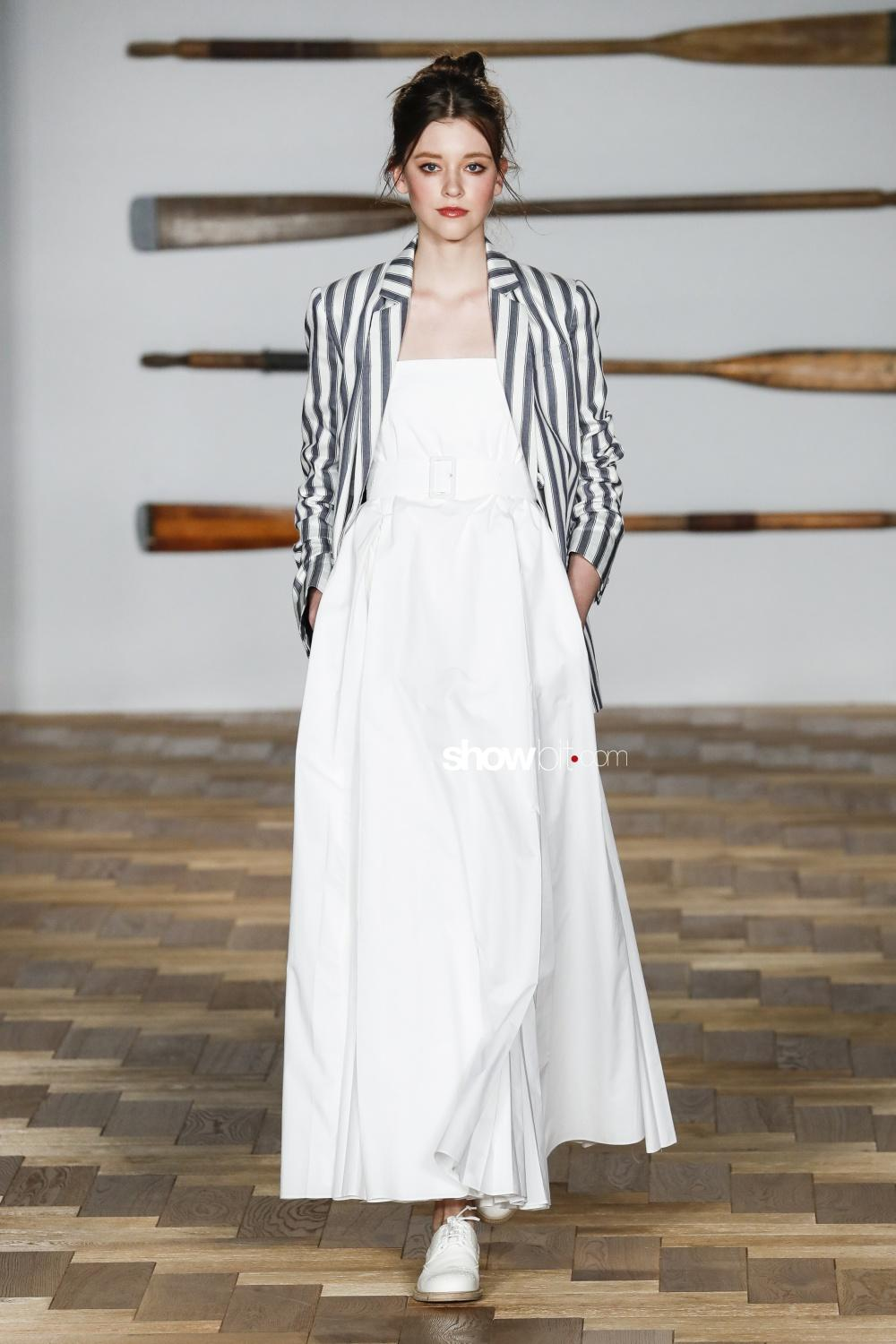 Long Sleeve Summer Dresses In Fashion Week Collections