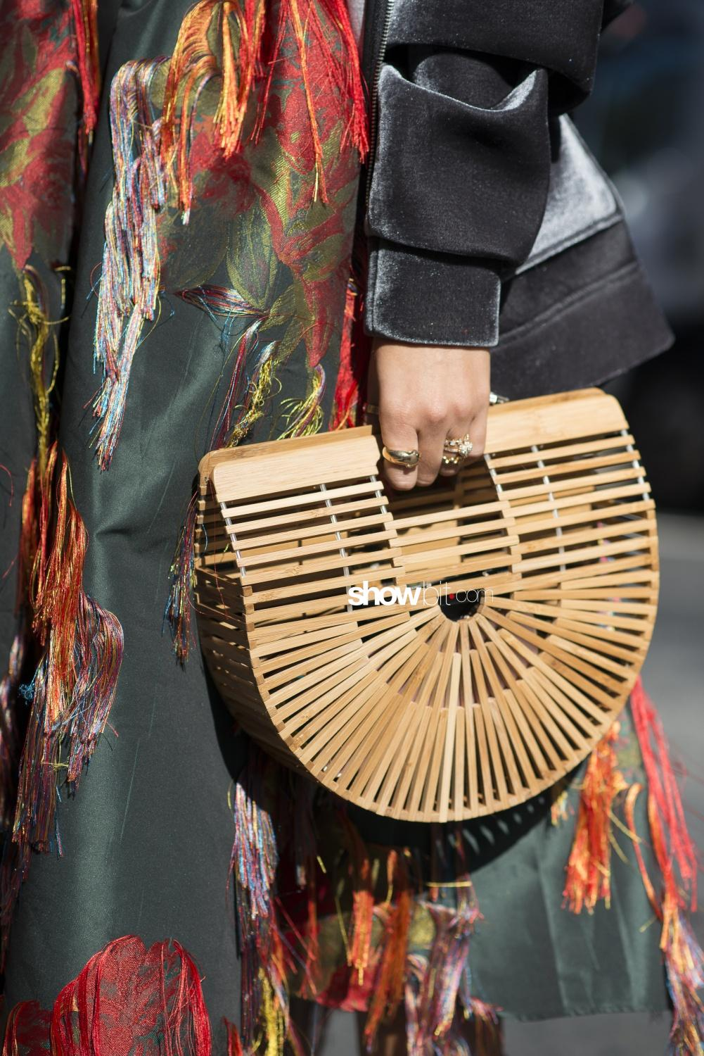 New York Street Style Wood Bag
