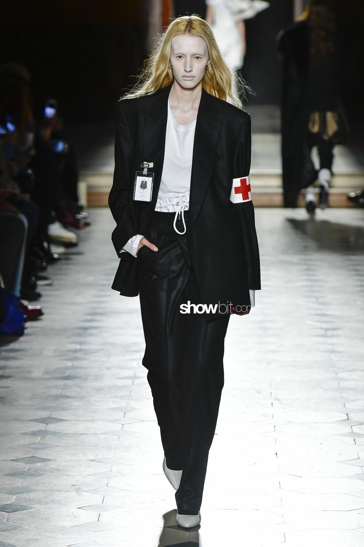 A.F. Vandevorst spring 2018 haute couture paris