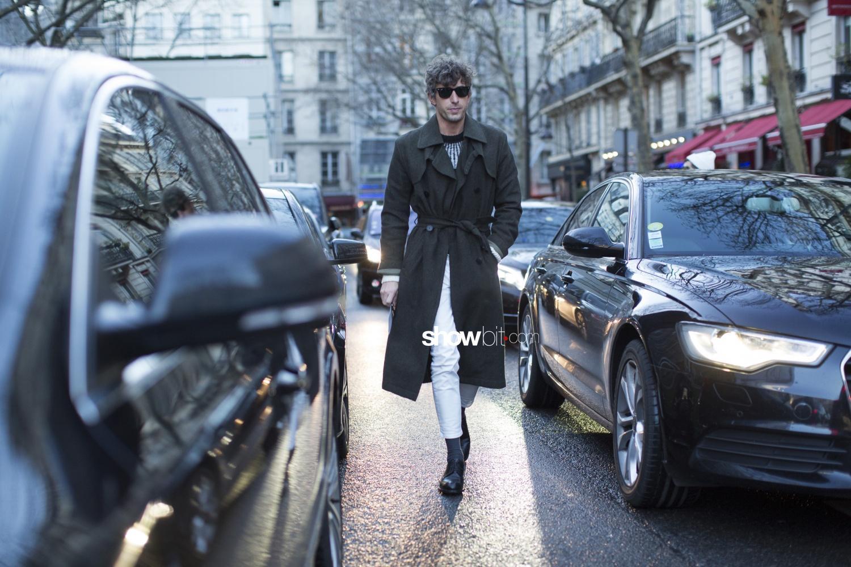 Comme des Garçons Homme man paris street style fall 2018