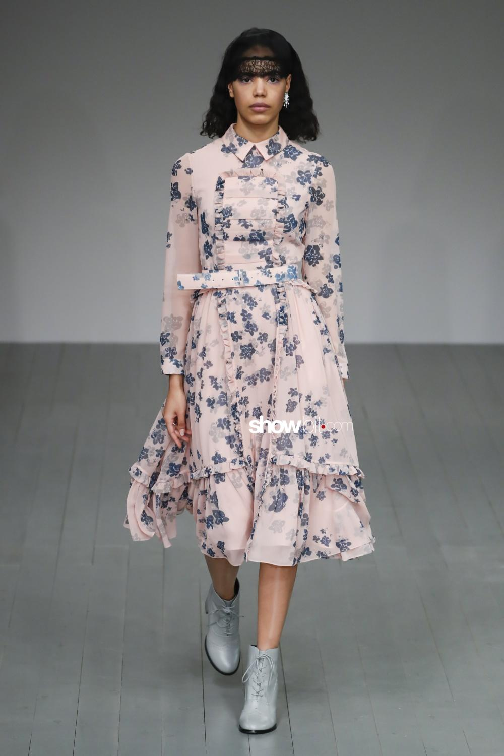 Bora Aksu London Fall Winter 2018 Women