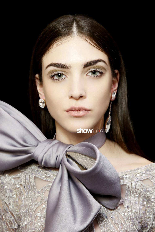Elie Saab beauty backstage woman haute couture spring 2018 paris