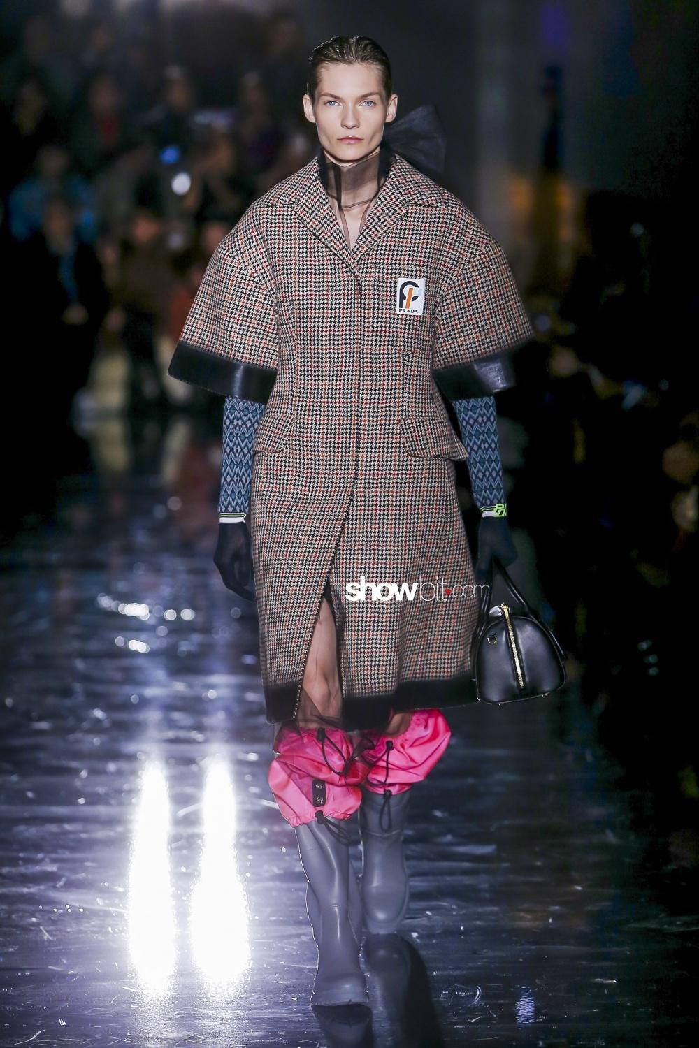 Prada Woman Fall Winter 2018 Milano