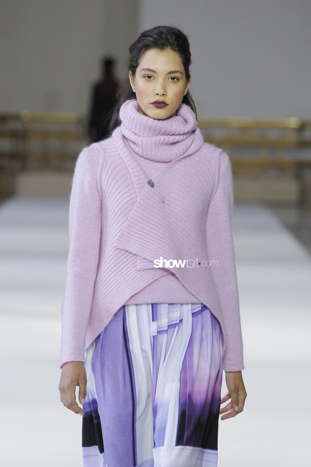 Agnes B Knitwear Woman Fall Winter 2018 Paris