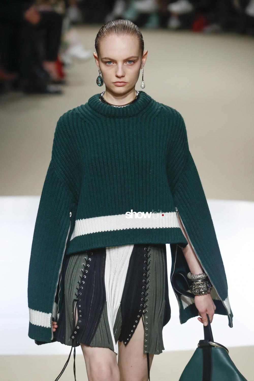 Alexander McQueen Knitwear Woman Fall Winter 2018 Paris