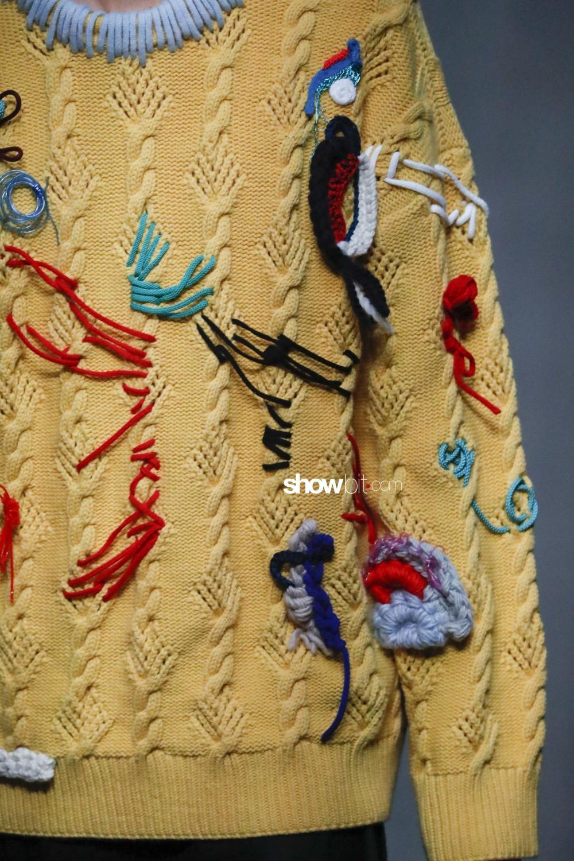Burberry close-up knitwear Woman Man Fall Winter 2018 London