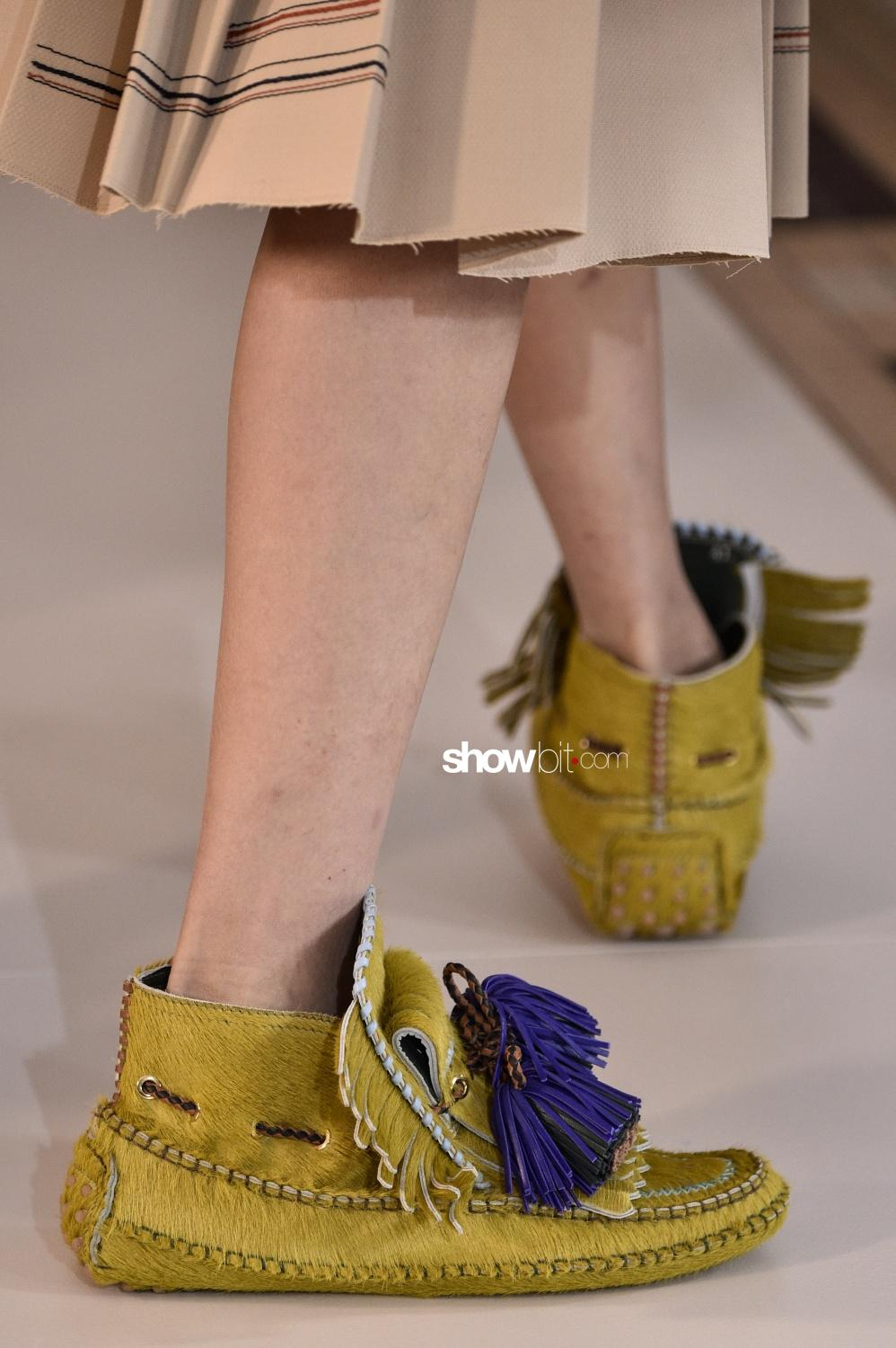 Carven close-up shoes Woman Fall Winter 2018 Paris