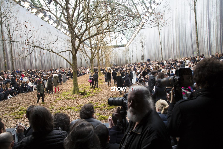 Chanel sceneries Woman Fall Winter 2018 Paris