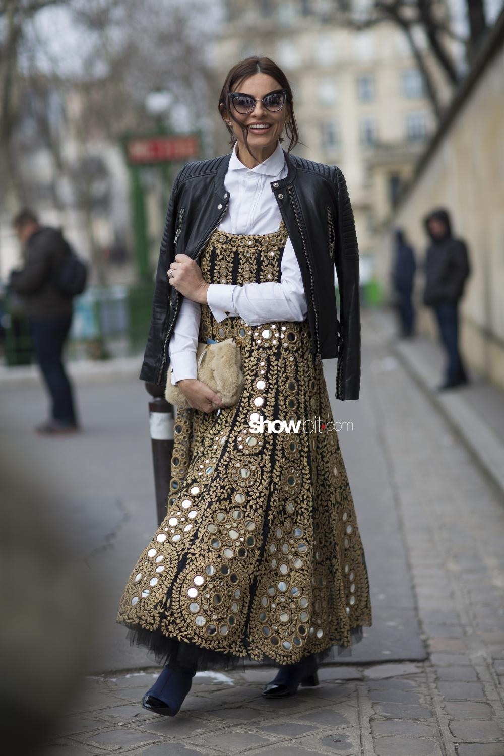 Christian Dior people street style Woman Fall Winter 2018 Paris