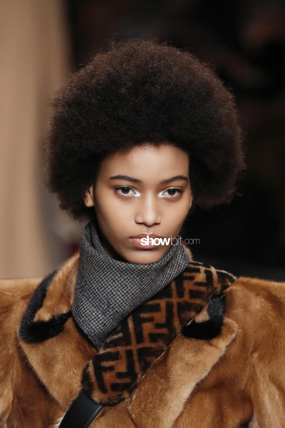 Fendi beauty runway Fall Winter 2018 Milano Manuela Sanchez