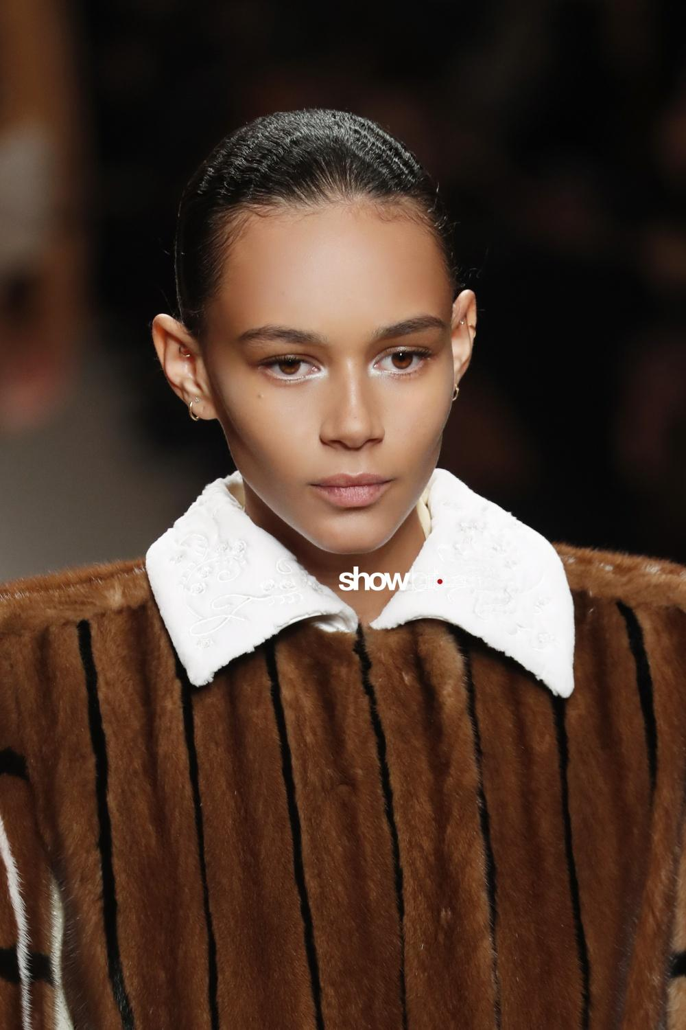 Fendi beauty runway Fall Winter 2018 Milano Binx Walton