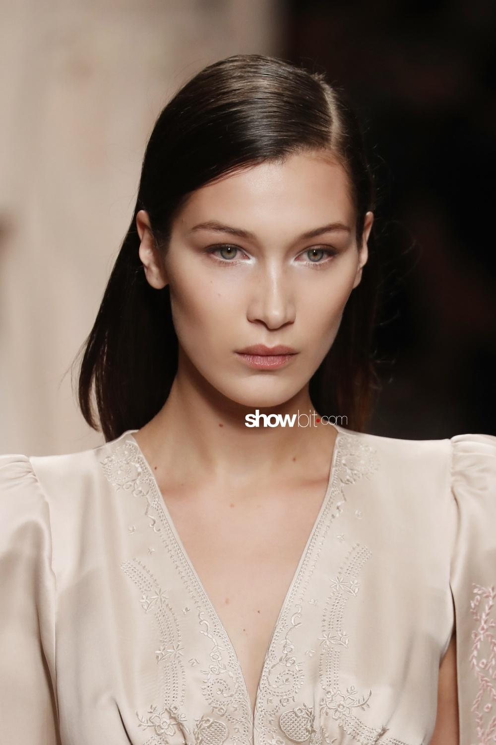 Fendi beauty runway Fall Winter 2018 Milano Bella Hadid