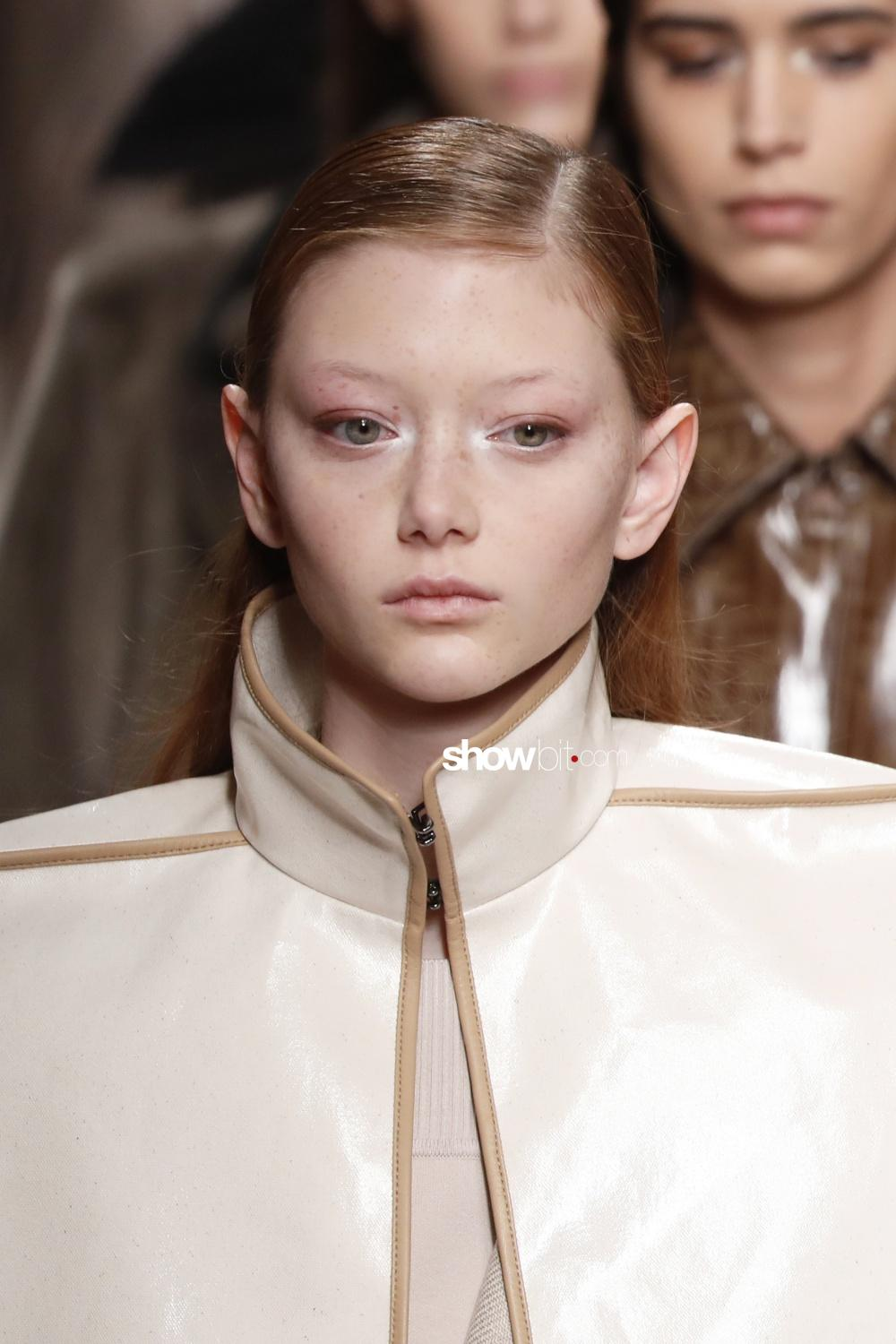 Fendi beauty runway Fall Winter 2018 Milano Sara Grace Wallerstedt