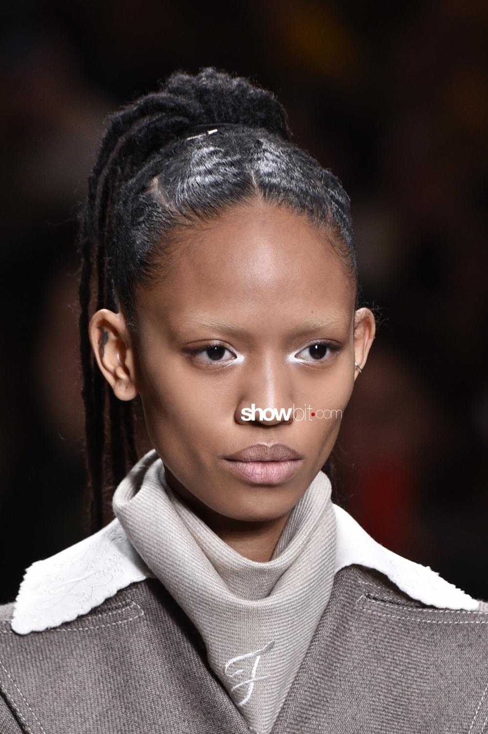 Fendi beauty runway Fall Winter 2018 Milano Adesuwa Aighewi