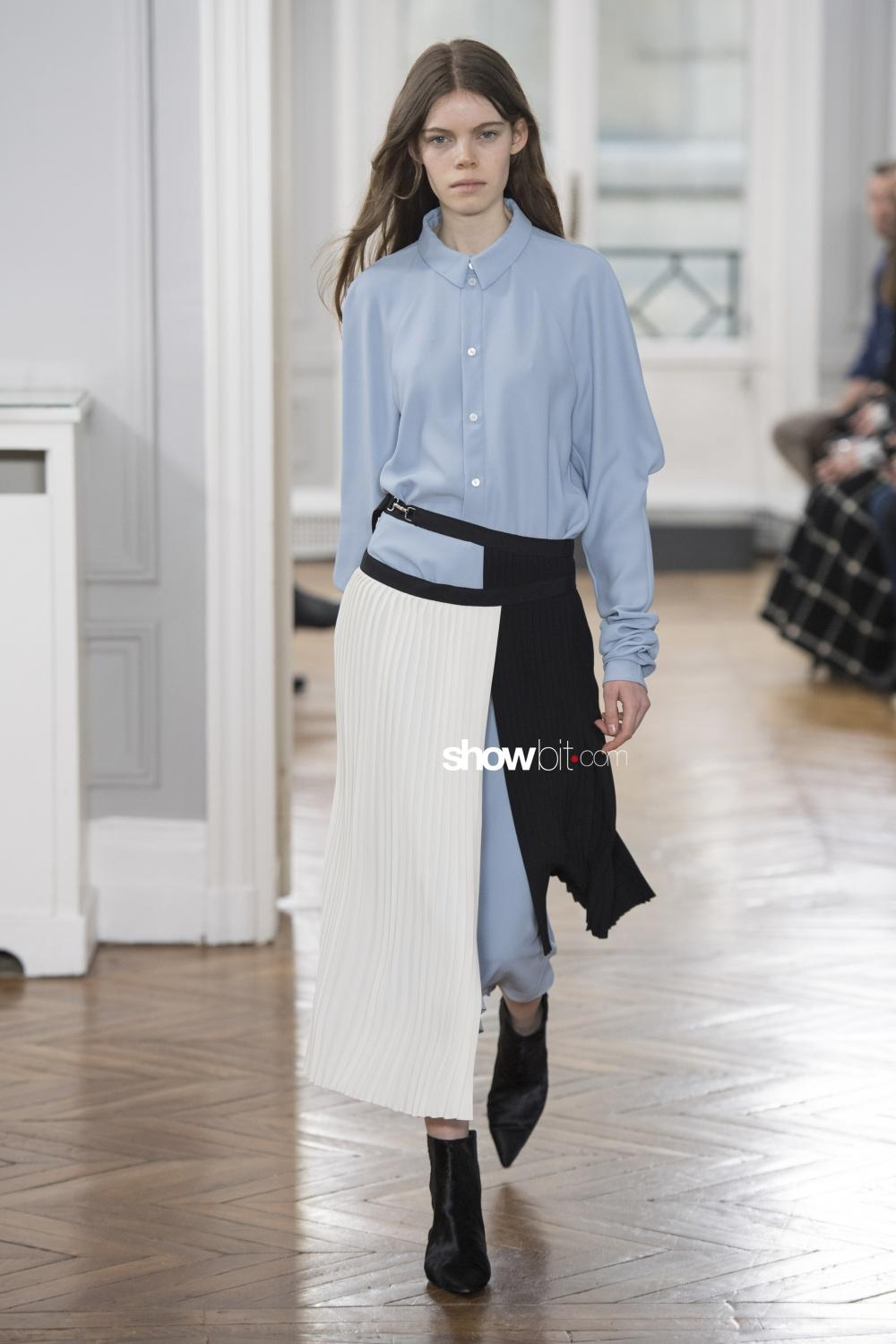 Gauchere plissé Woman Fall Winter 2018 Paris