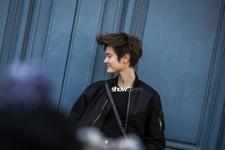 Lanvin people street style Woman Fall Winter 2018 Paris