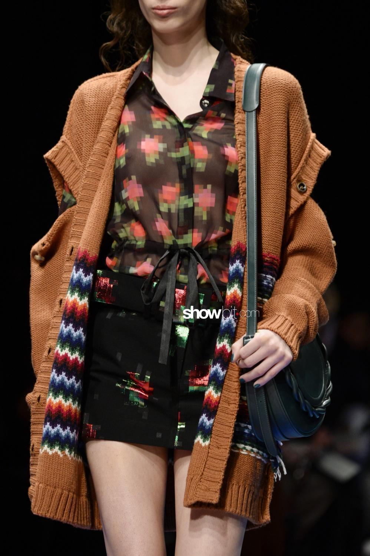 Marco de Vincenzo close-up knitwear Woman Fall Winter 2018 Milano