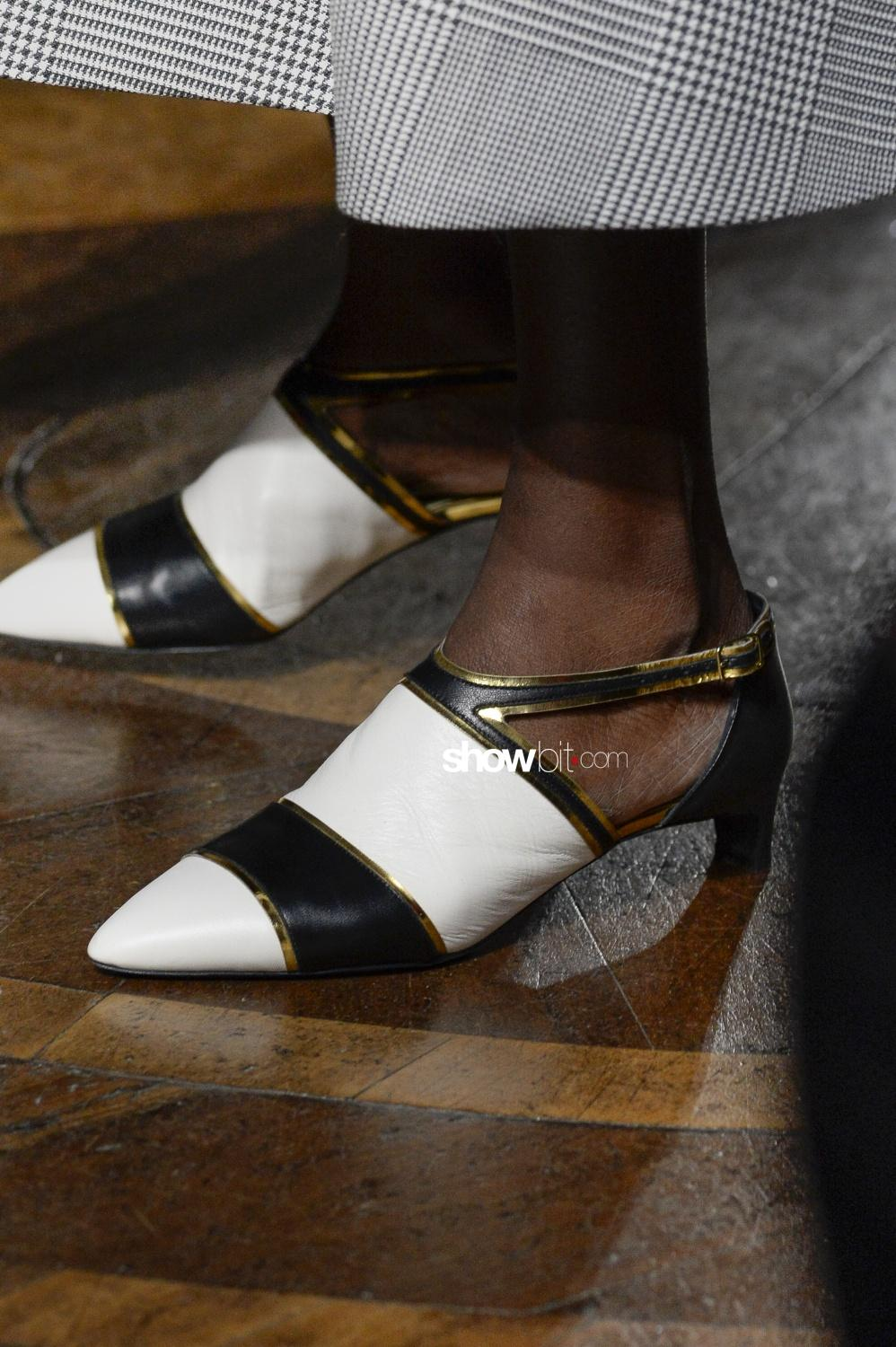 Mila Schon close-up shoes Woman Fall Winter 2018 Milano
