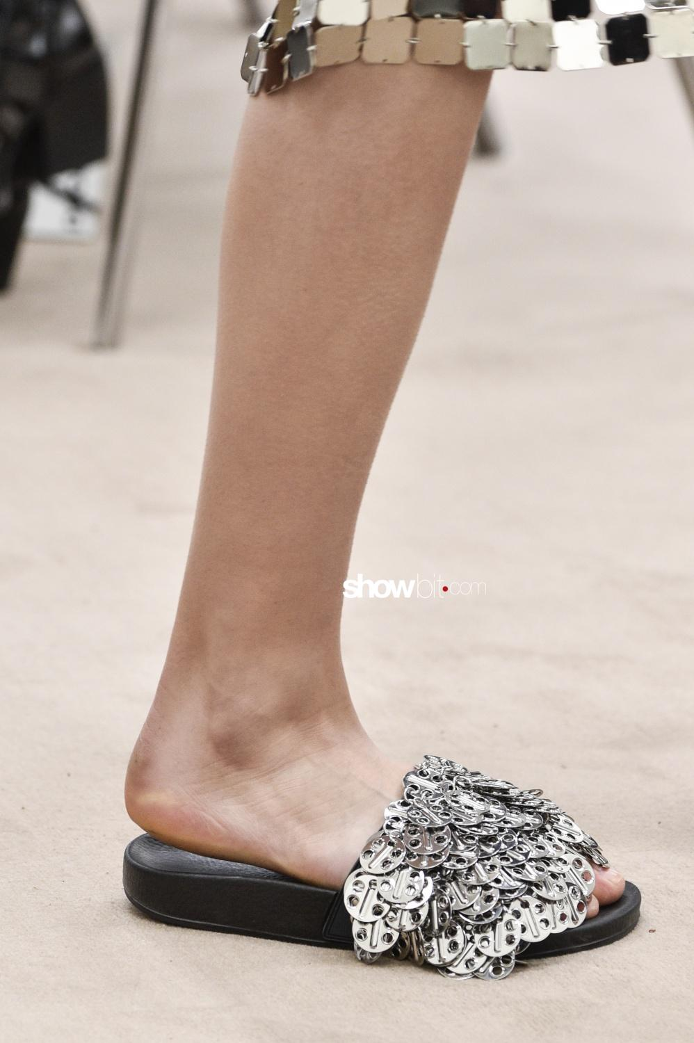 Paco Rabanne close-up shoes Woman Fall Winter 2018 Paris