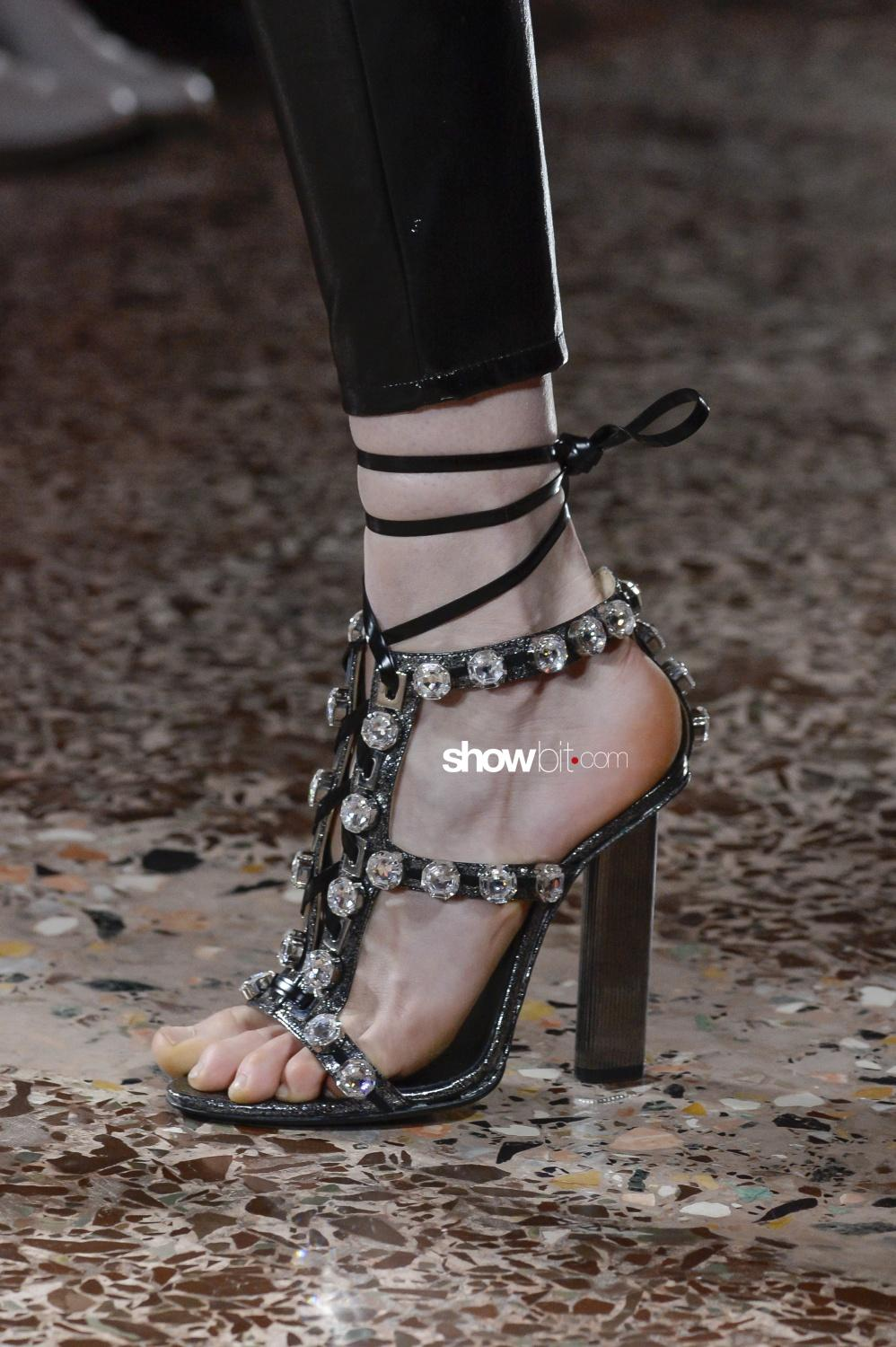 Piccione Piccione close-up shoes Woman Fall Winter 2018 Milano