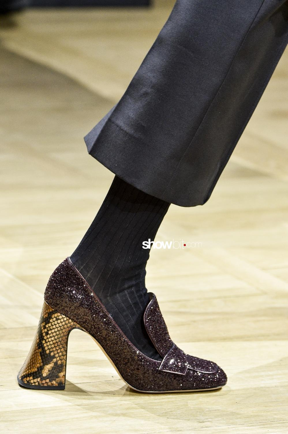Rochas close-up shoes Woman Fall Winter 2018 Paris