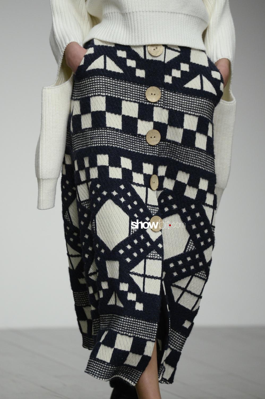 Teatum Jones close-up knitwear Woman Fall Winter 2018 London