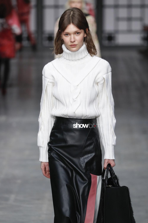 Trussardi knitwear Woman Fall Winter 2018 Milano