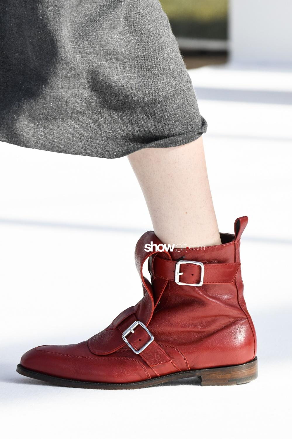 Vivienne Westwood close-up shoes Woman Man Fall Winter 2018 Paris