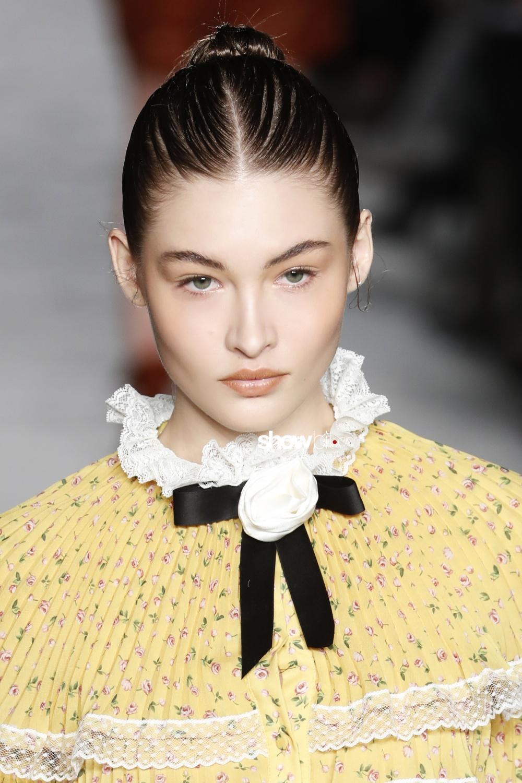 Philosophy Lorenzo Serafini beauty runway Women Fall 2018 Milano Grace Elizabeth