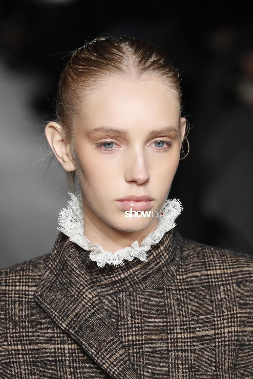 Philosophy Lorenzo Serafini beauty runway Women Fall 2018 Milano Jessie Bloemendaal