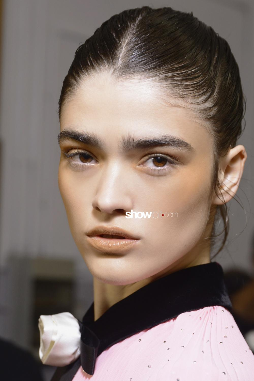 Philosophy di Lorenzo Serafini beauty backstage Women Fall 2018 Milano Hannah Sprehe