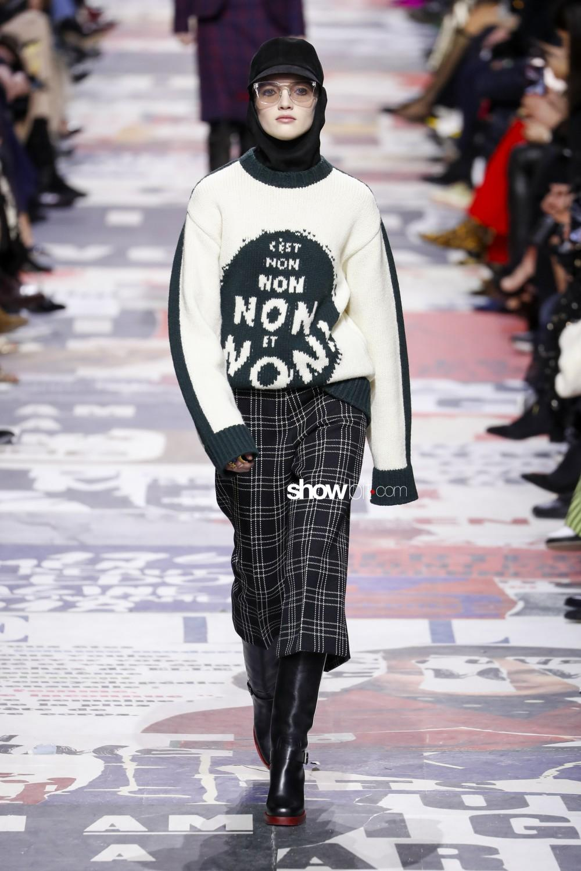 Christian Dior Woman Fall Winter 2018 Paris