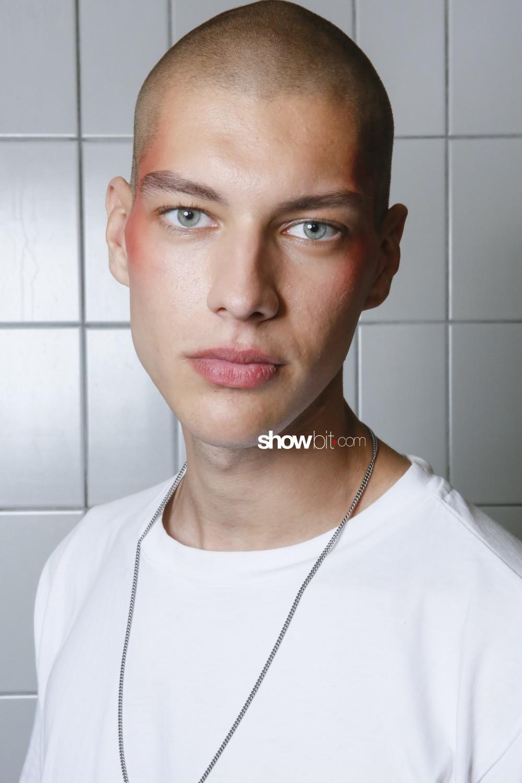 Henrik Vibskov beauty backstage Woman Man Spring Summer 2019 Paris