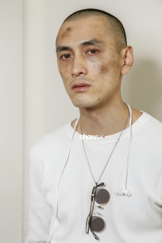 Yohji Yamamoto beauty backstage Man Spring Summer 2019 Paris