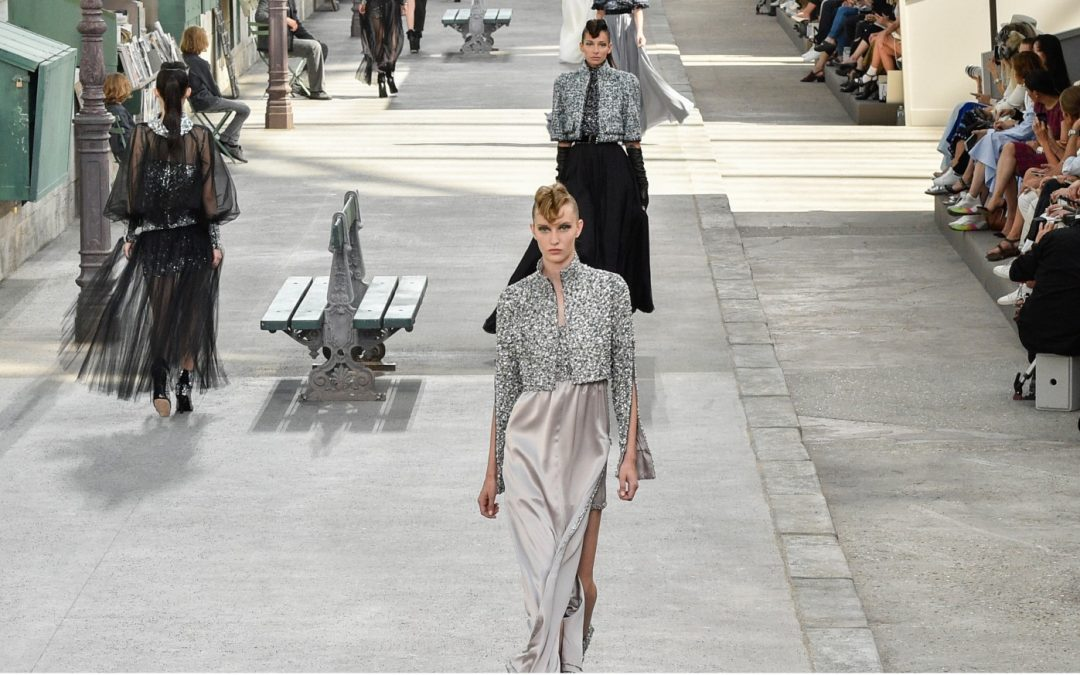 Chanel Fall 18 Haute Couture: back to the 40's