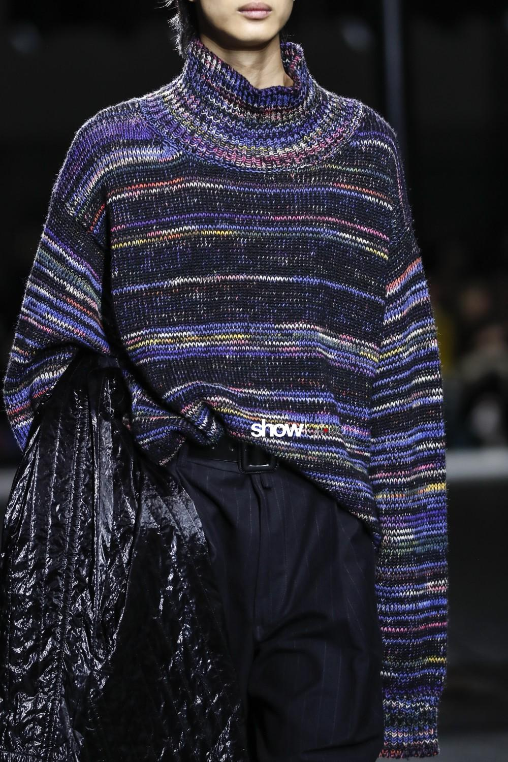 Dries Van Noten close-up Man Fall Winter 2019 2020 Paris