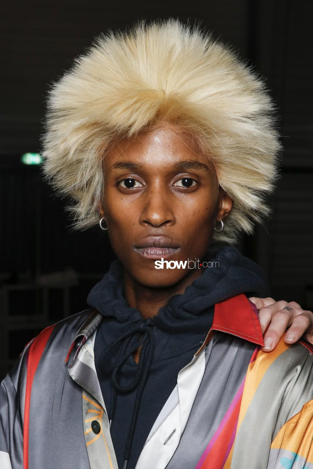 Han Kjobenhavn beauty backstage Man Fall Winter 2019 2020 Paris