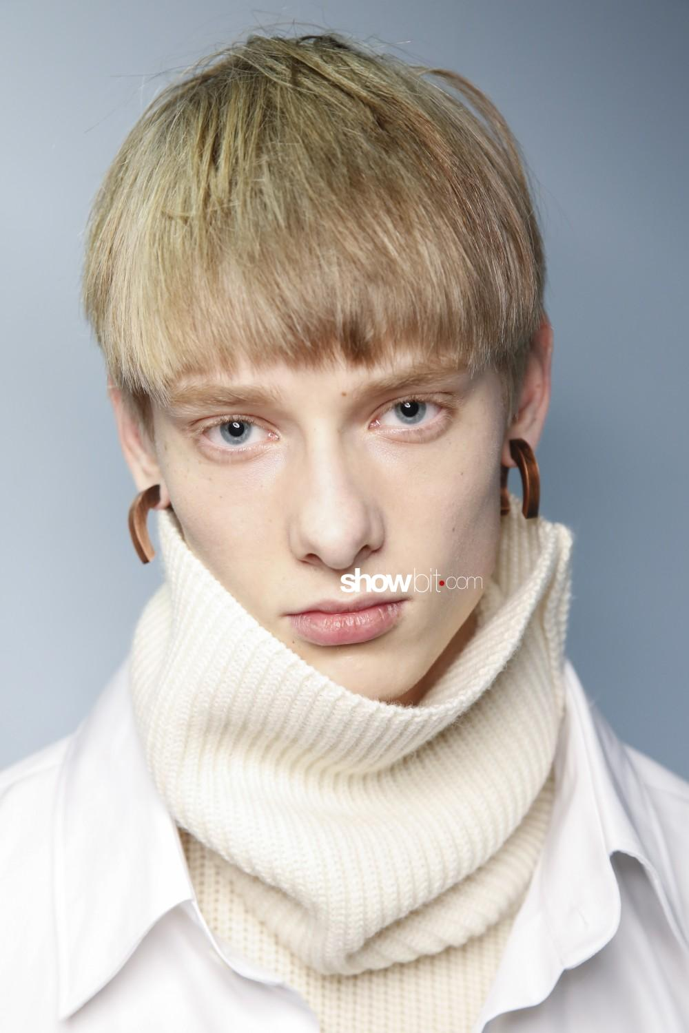Hed Mayner beauty backstage Man Fall Winter 2019 2020 Paris