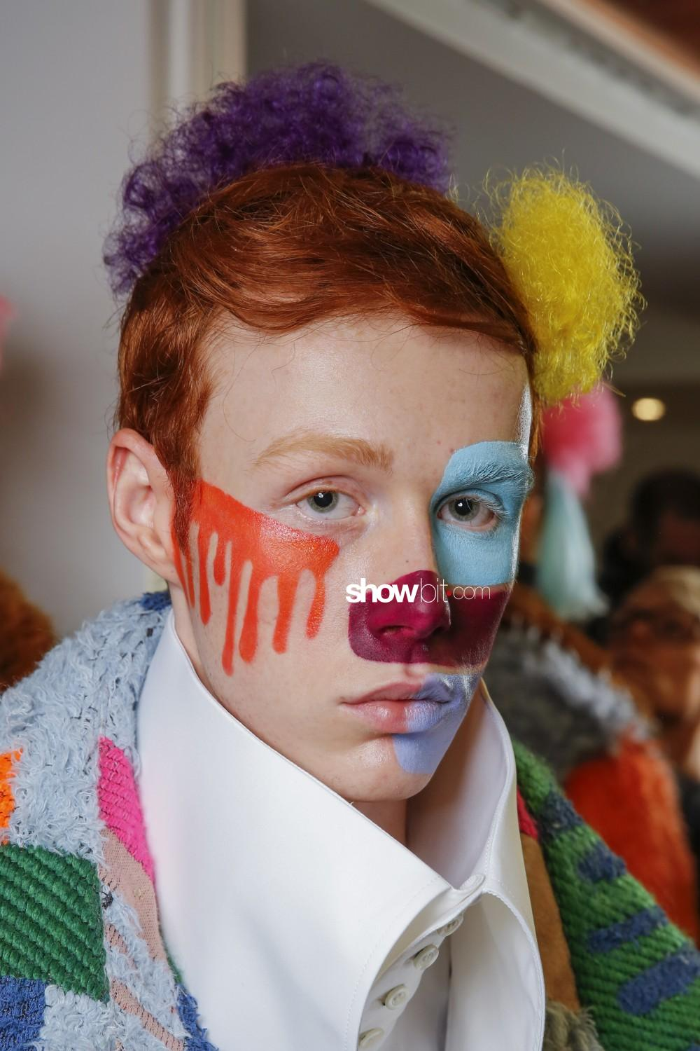 Walter Van Beirendonck beauty backstage Man Fall Winter 2019 2020 Paris