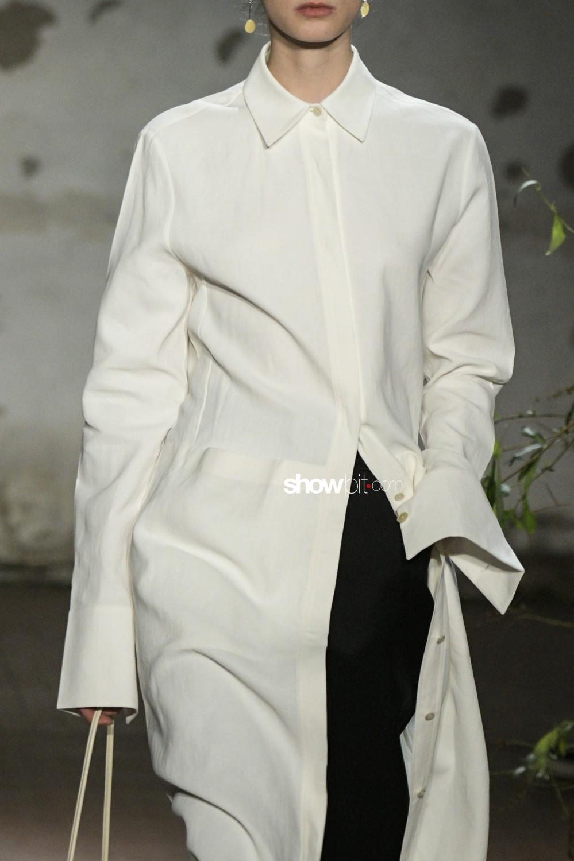 Jil Sander close-up Women Fall Winter 2019 Milano
