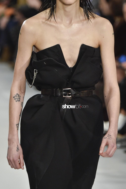 Maison Margiela close-up Women Fall Winter 2019 2020 Paris