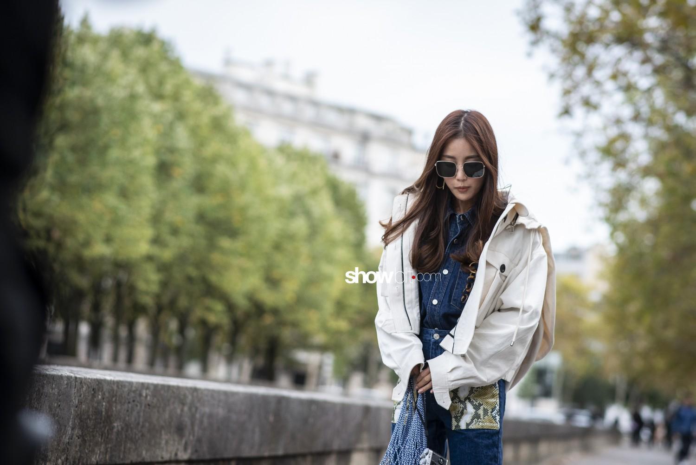 Valentino people Women Spring Summer 2019 Paris